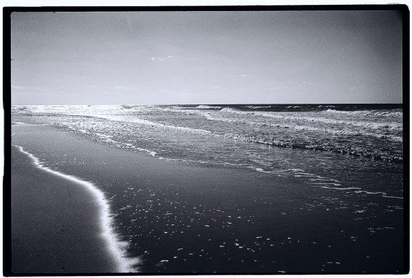 Promenade hors saison et en noir et blanc