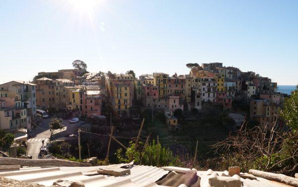 Les villages de Cinque Terre et la lumière