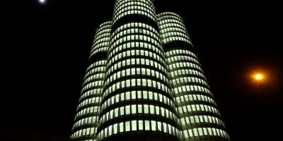 La tour BMW qui jouxte le musée