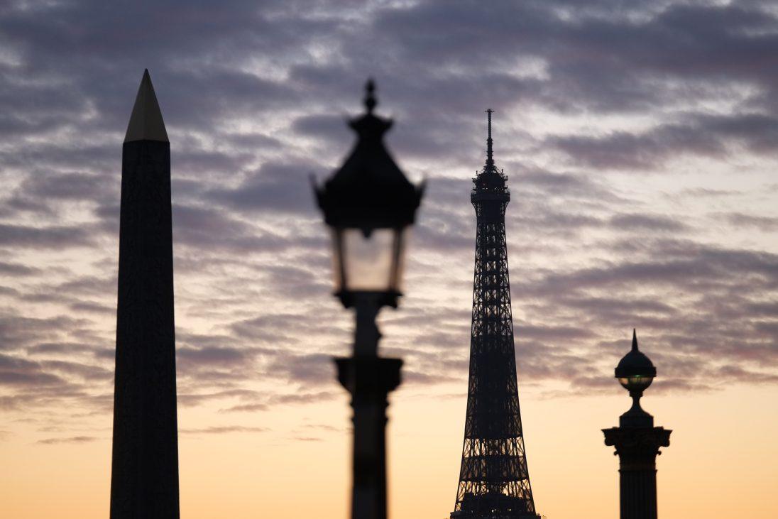 L'obélisque de la place de la Concorde et la Tour Eiffel