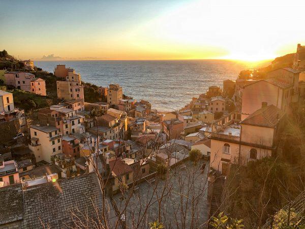 Un coucher de soleil sur la mer Méditerranée