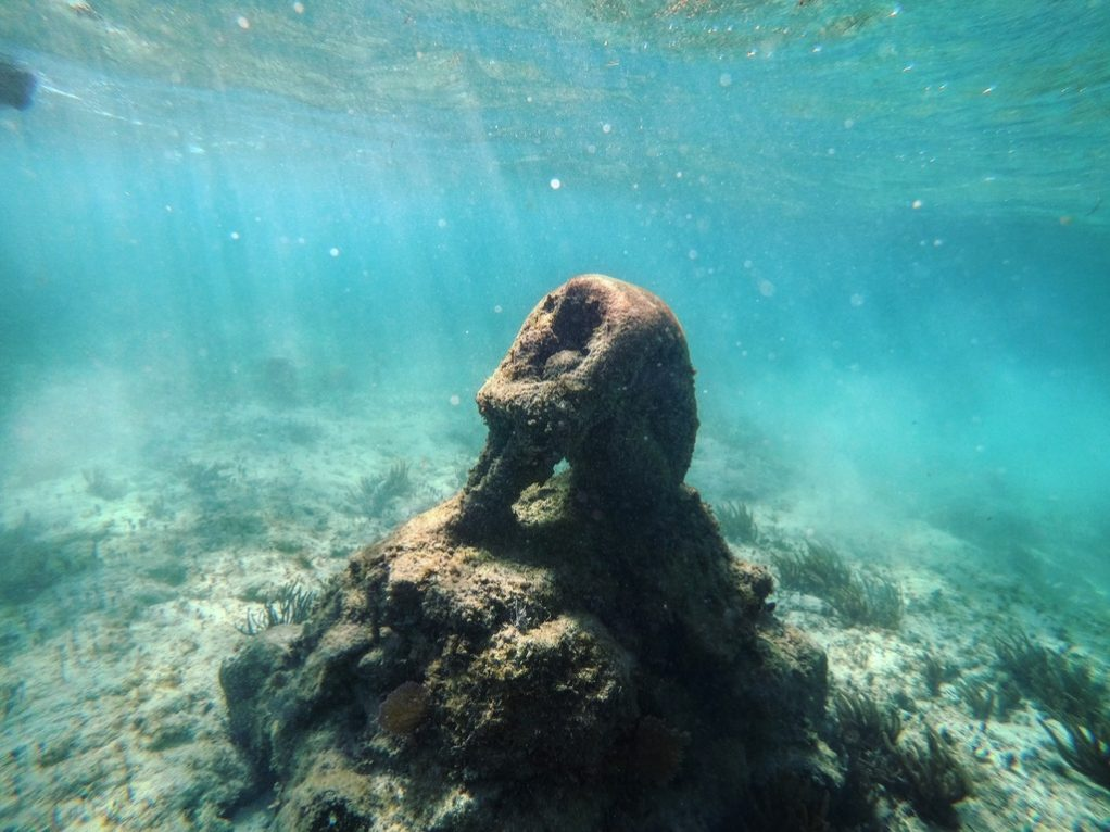 Une oeuvre immergée dans la mer des Caraïbes