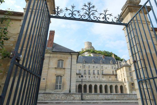 L'un des plus beaux villages de France se trouve dans le Val d'Oise