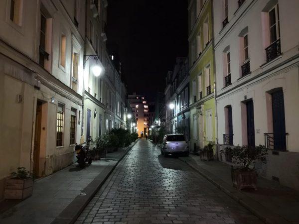 La Rue Crémieux un lundi soir
