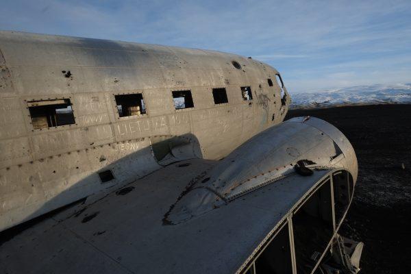 Un superbe avion abandonné dans le sud de l'Islande