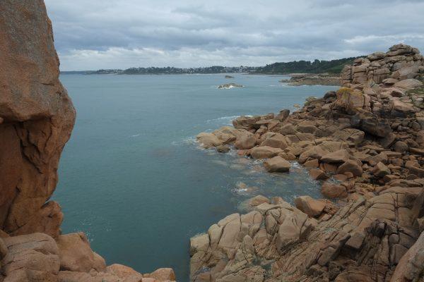La fameuse côte de granit rose en Bretagne