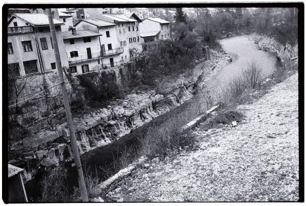 Kanal une petite ville le long de la Soca