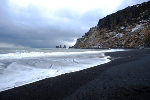 Vik et sa grande plage de sable noir
