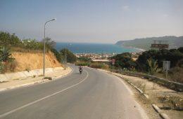 En Tunisie l'arabe est la langue officielle mais le français est largement parlé dans le pays