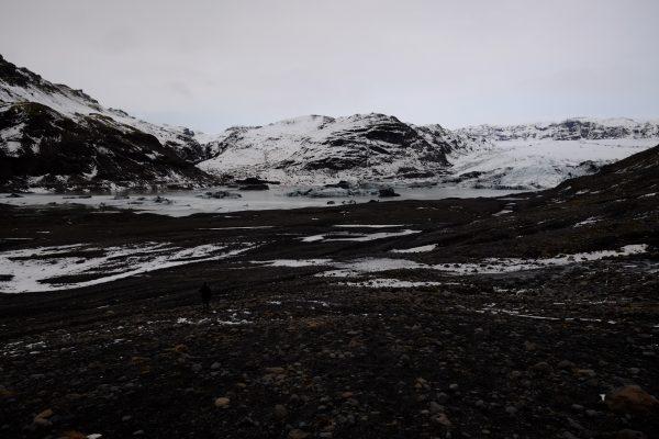 Le glacier Solheimajokull qui recule chaque année dans le sud islandais