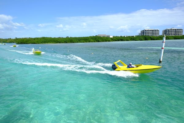 Sur les eaux turquoises des lagunes Mexicaines