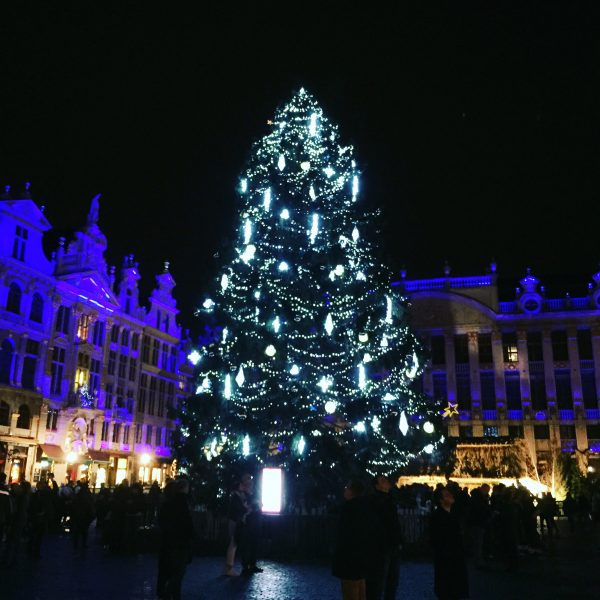 La Grand place pendant la nuit