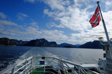Entre l'île de Senja et les Vesteralen