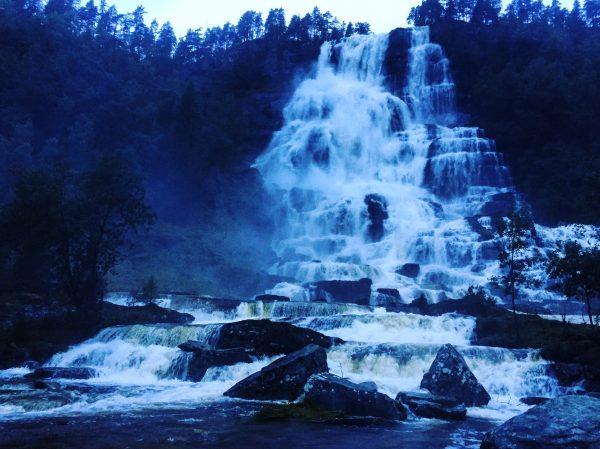 La Norvège c'est le pays des cascades