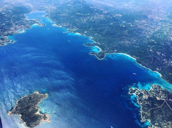 La côte Esmeralda dans le nord est de la Sardaigne