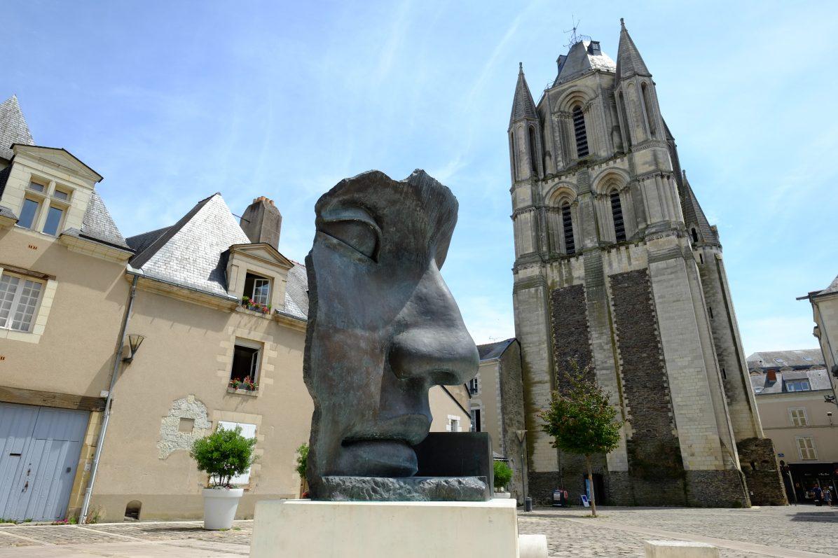 La tour Saint-Aubin dans le centre ville