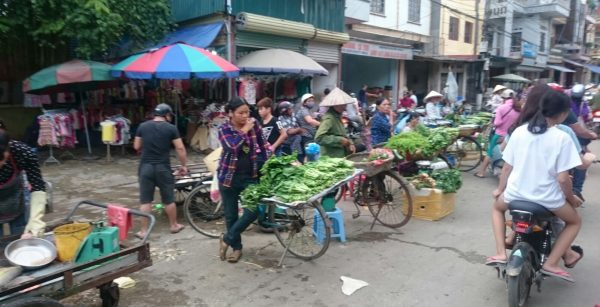 Dans les rues d Hanoï au nord du Vietnam