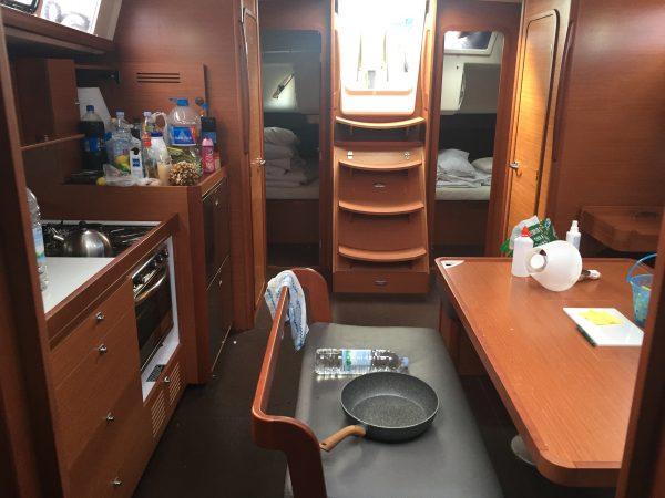 L'intérieur du voilier Dufour 460