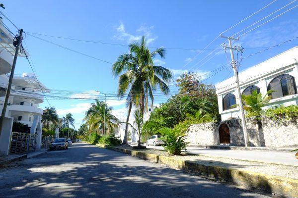 Dans les rues de Puerto Morelos