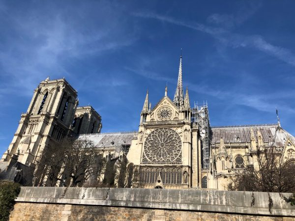 Notre Dame de Paris l'un des plus beaux monuments de Paris