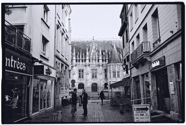 La belle ville de Rouen en noir et blanc et au Leica M6