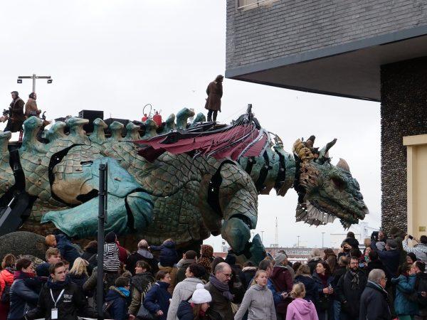 Le Dragon de Calais en exploration urbaine