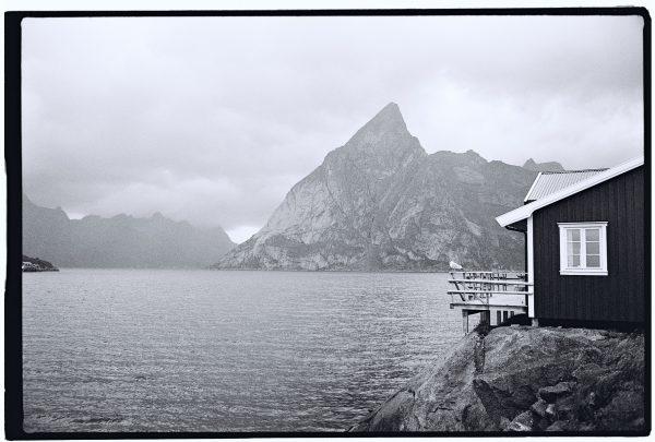 L'un des plus beaux fjords de Norvège perdu dans l'Atlantique Nord