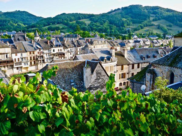 La vue depuis la ruelle du château