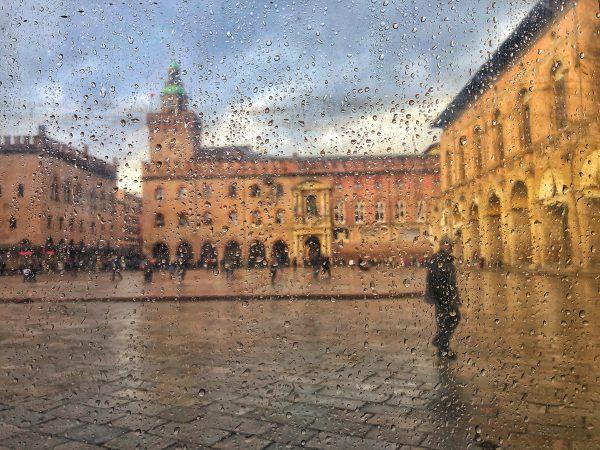 Bologne sous la pluie