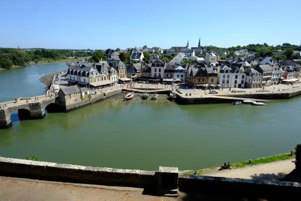 Le long de la rivière dans le Morbihan