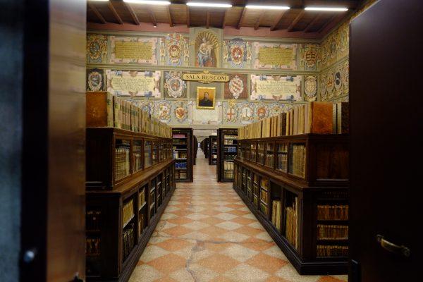 Une belle bibliothèque à Menton