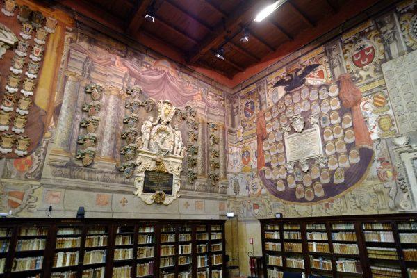 La bibliothèque de la faculté de médecine