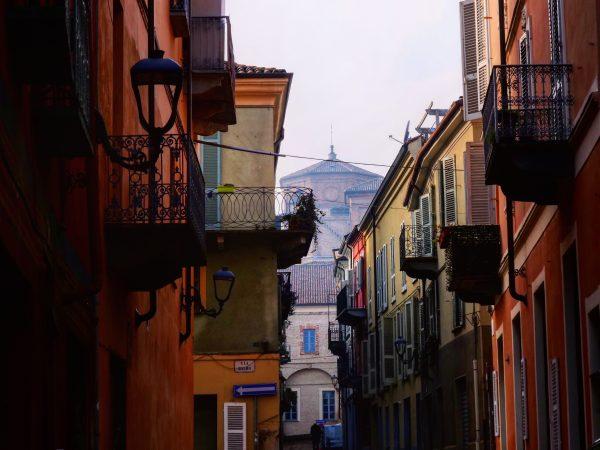 Une charmante ville du Piémont