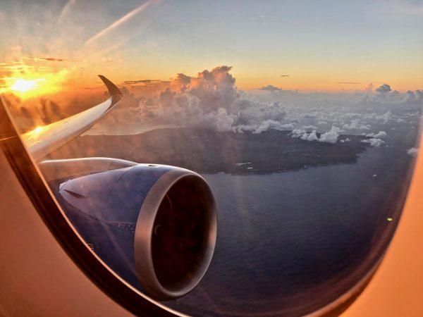 La Guadeloupe vue depuis un hublot d'avion