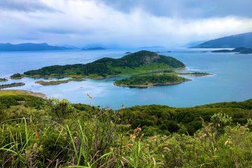 La baie de Wulaia au Chili