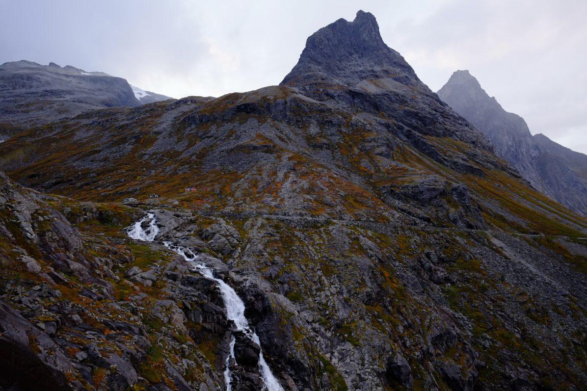 L'incroyable décors de la plus belle route de Norvège