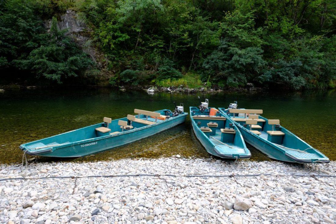 Balade en barque à la Malène