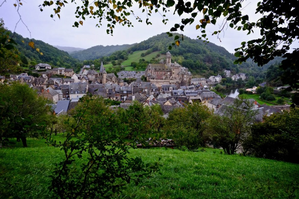 Estaing l'un des plus beaux villages de France