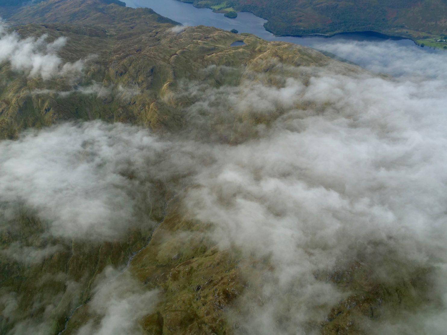 Les nuages des Highlands dans le Nord de la Grande Bretagne