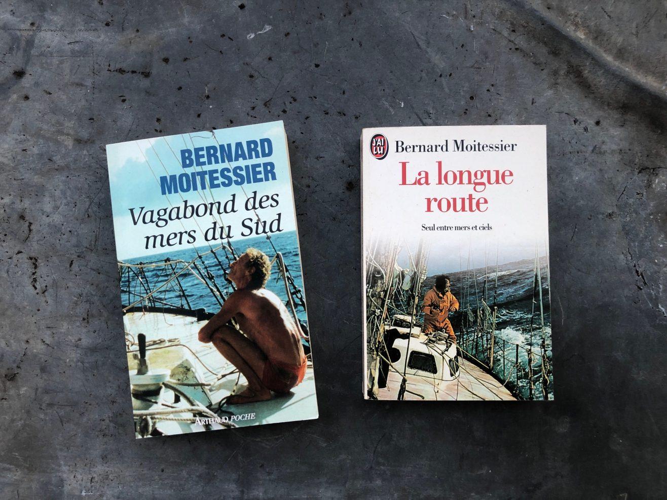 Deux des meilleurs livres sur le voyage signés par Bernard Moitessier