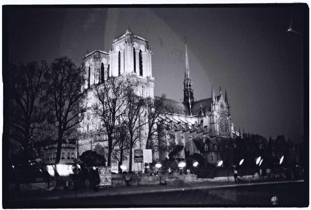 Notre Dame une nuit d'hiver