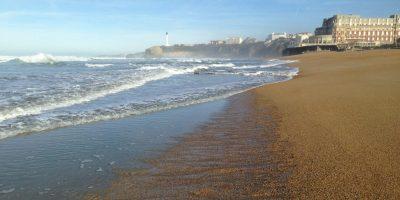 Sur la grande plage de Biarritz