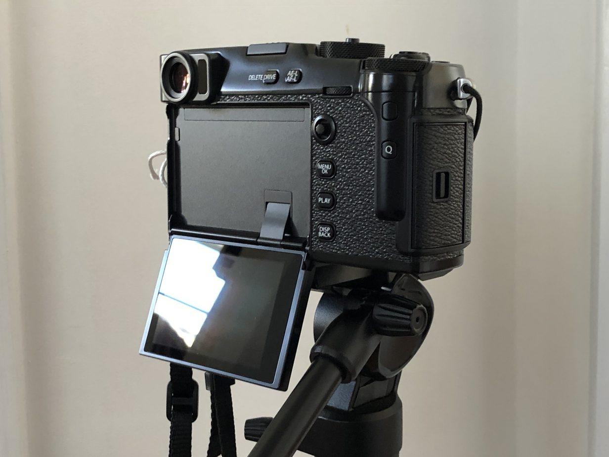 Le X-Pro 3 avec son écran arrière presque entièrement déplié