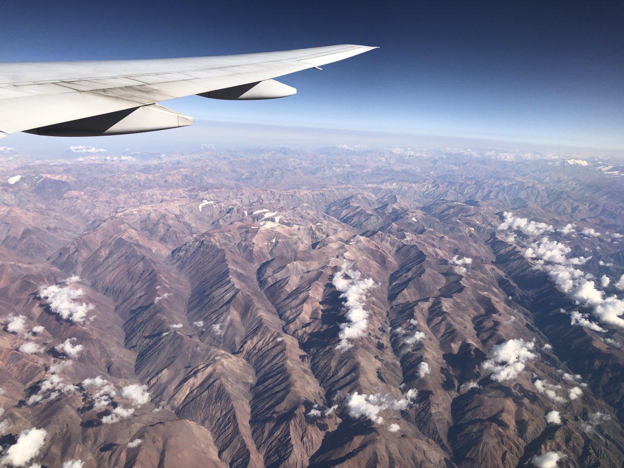 Les montagnes ocres des Andes