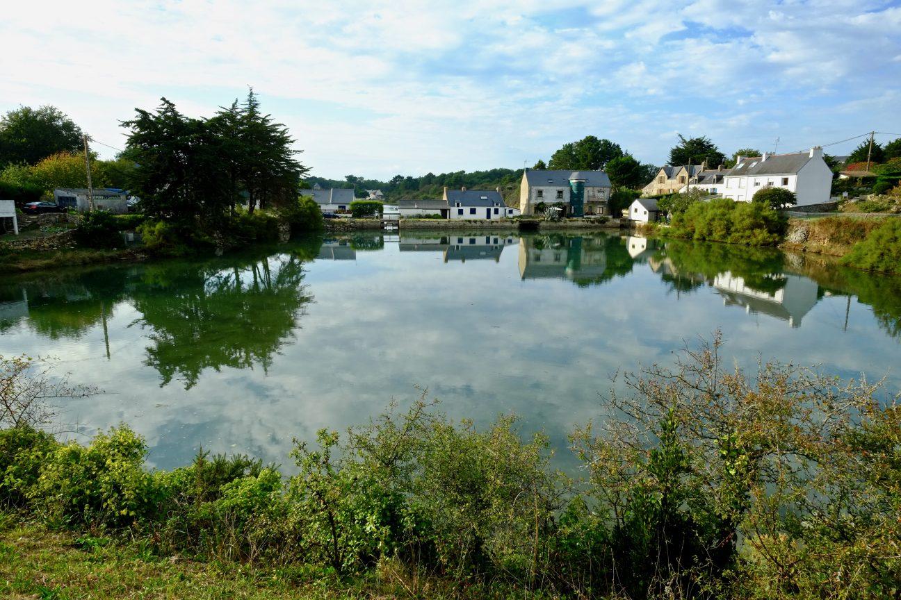 Une rivière côtière en Bretagne