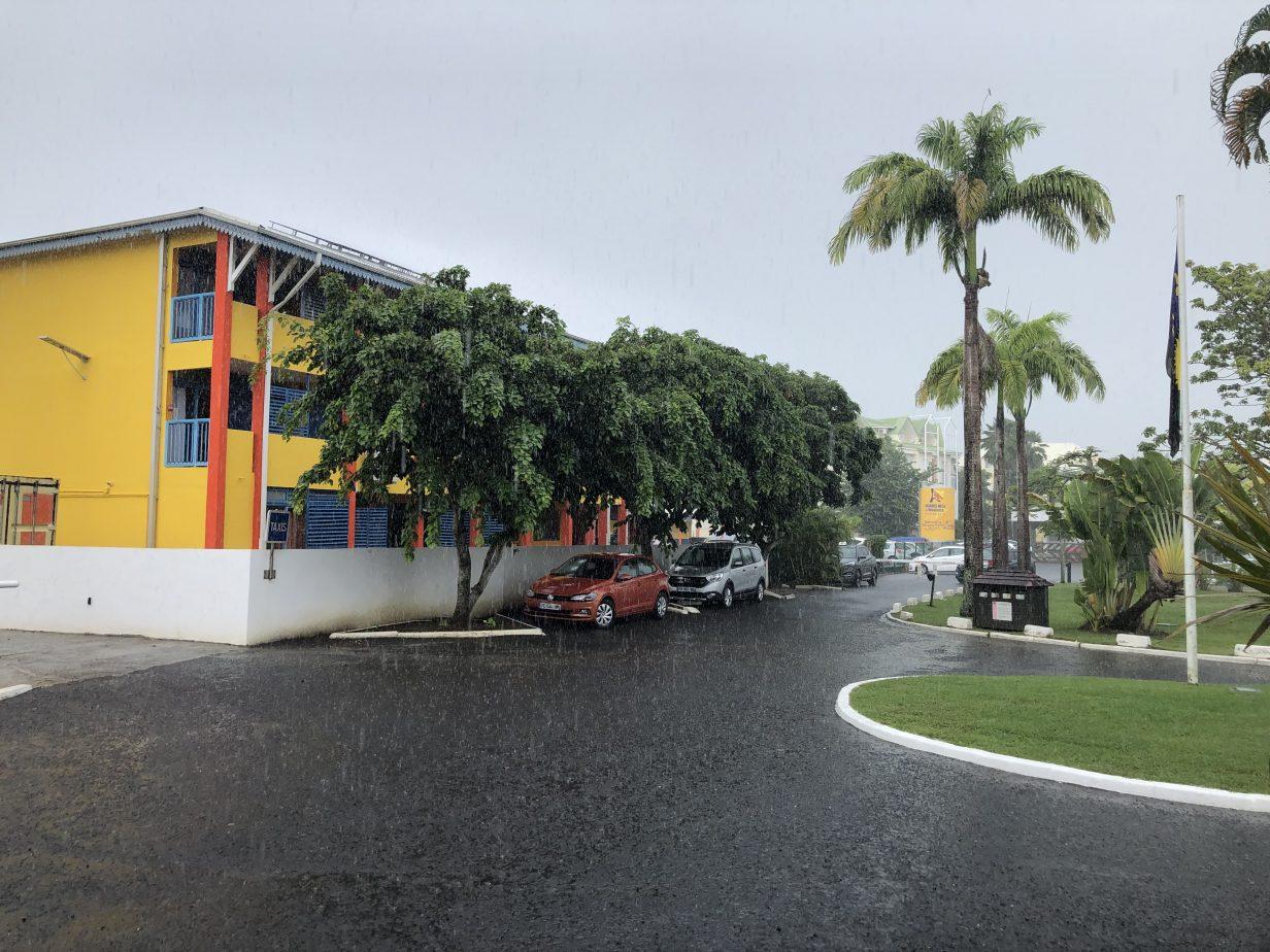 La ville du Gosier depuis l'hôtel de la Créole