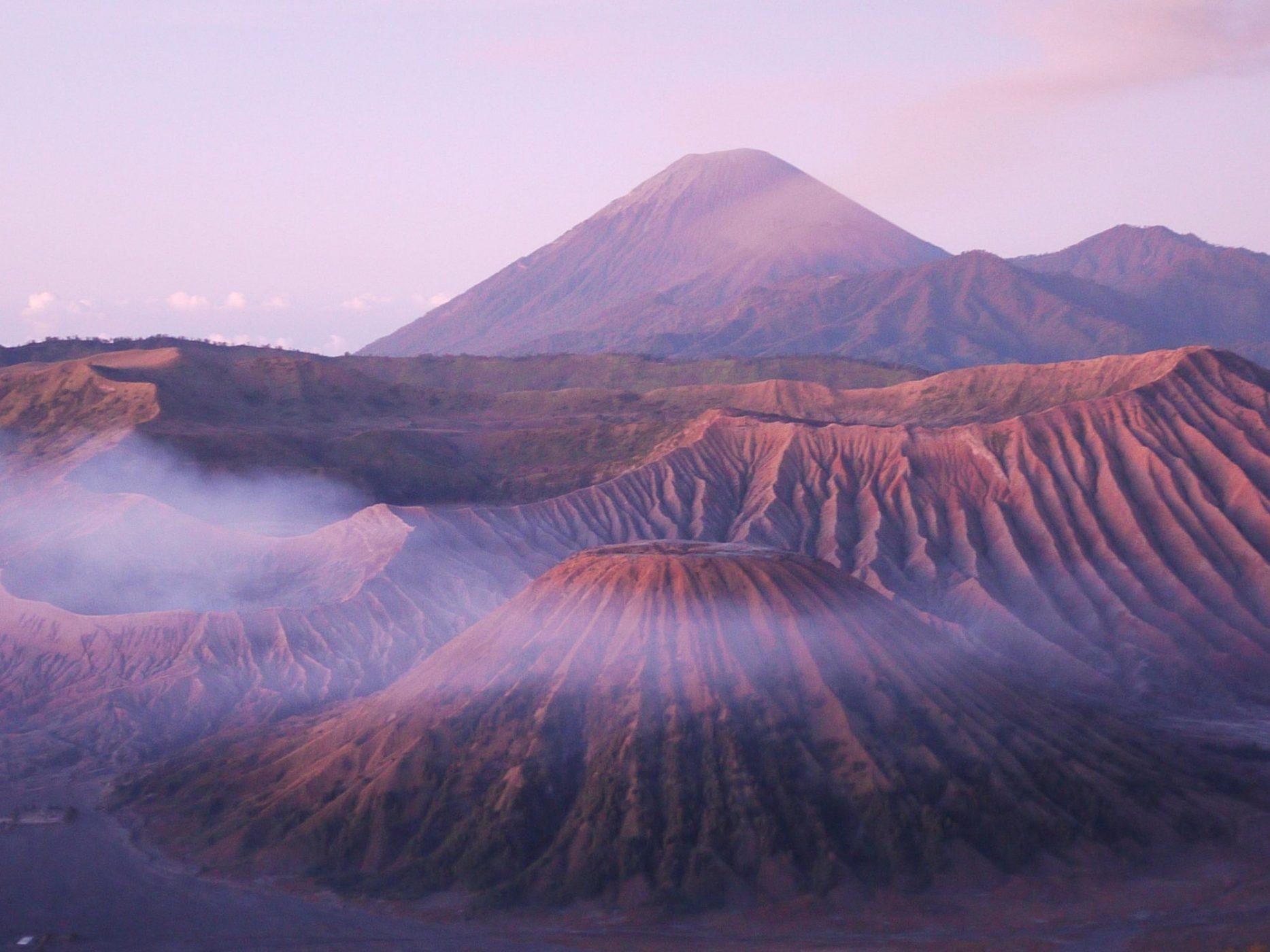 Java terre de volcan, photo Sokha Keo