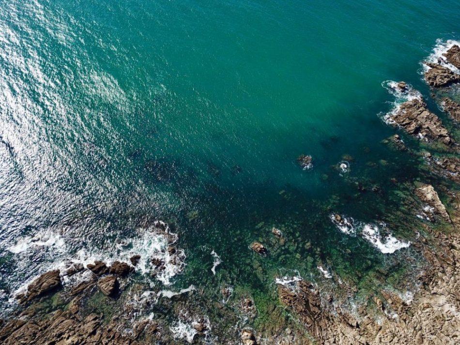 La côte de Granit du côté du petit port Saint-Michel