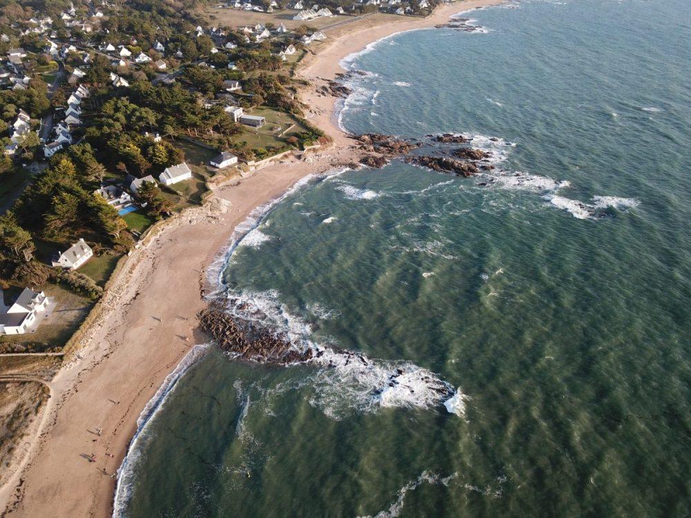 La plage de Belmont à la Turballe