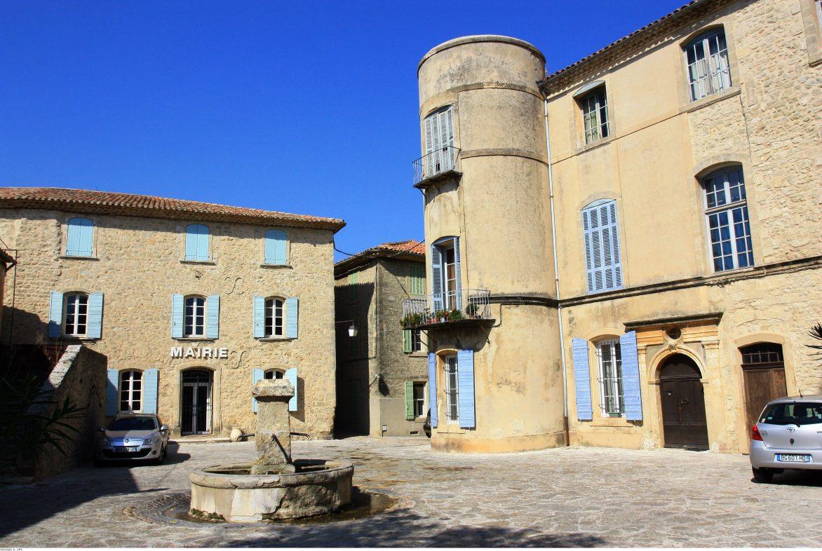 Un village de Provence sous le soleil